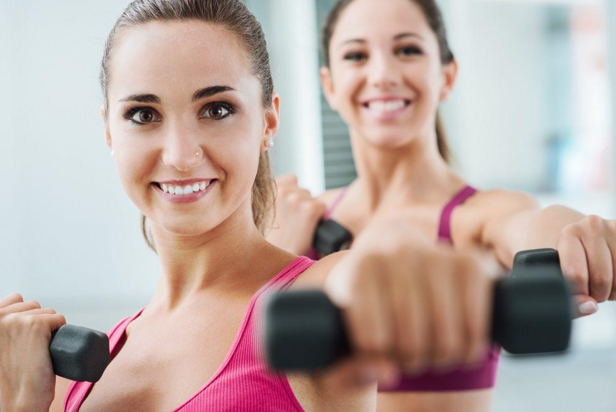 Программа тренировки в спортзале для девушек для